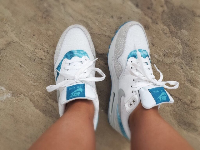 nike-clear-water-air-max-1