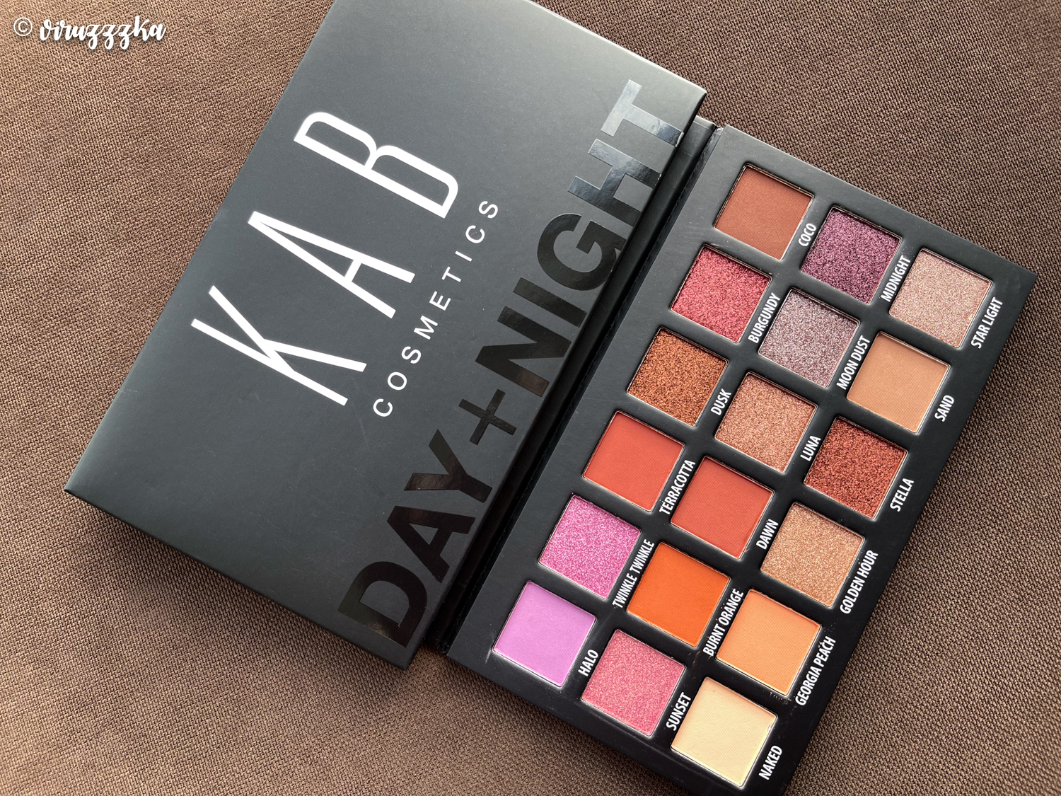 KAB COSMETICS DAY + NIGHT Eyeshadow Palette Review Swatches