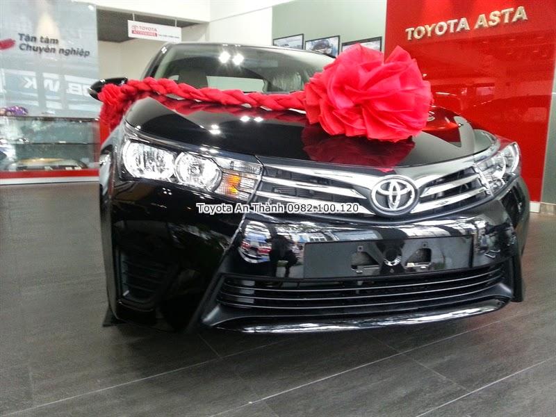 Khuyến Mãi Giảm Giá Xe Toyota Altis 2015 Mới Màu Đen
