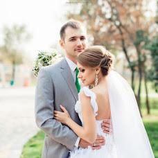 Wedding photographer Artem Dronkin (LovelyMoments). Photo of 10.03.2014