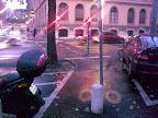 Après les voitures et les scooters sur les bandes cyclables, Patricio Alvarez nous présente les grandes nouveautés genevoises, qui semblent être les bornes et les poteaux au milieu de la piste cyclable… quoi de mieux pour mettre KO les cyclistes rêveurs?!?