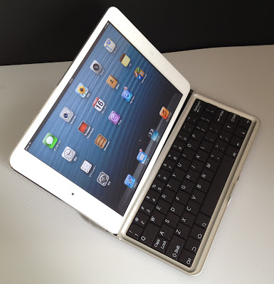 Bluetooth Keyboard for Google Nexus7とiPad mini