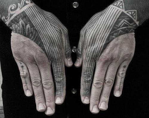 mao_tatuagens_mais_legais_projetos_do_tattoo_11