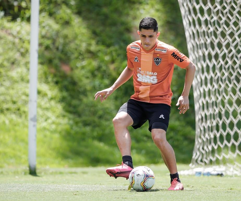 Clássico, sequência no time titular, comando de Sampaoli: Savarino curte bom início no Atlético-MG
