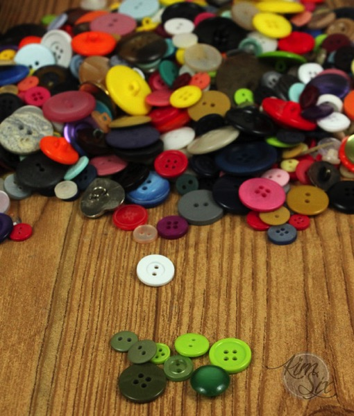 Sorting a jar of buttons