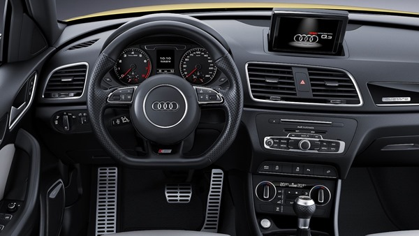 Audi Q3 facelift interior