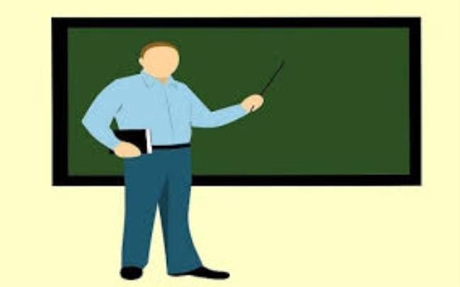 एडेड जूनियर हाई स्कूल में अध्यापक भर्ती परीक्षा स्थगित, अब मई में यूपी बोर्ड परीक्षा के पहले या खत्म होते ही होगा इम्तिहान