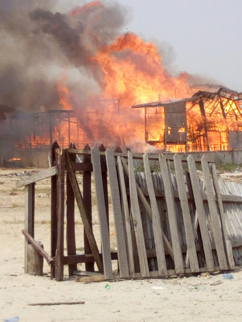 Two Restaurant Burned to flat at Elegushi Beach.
