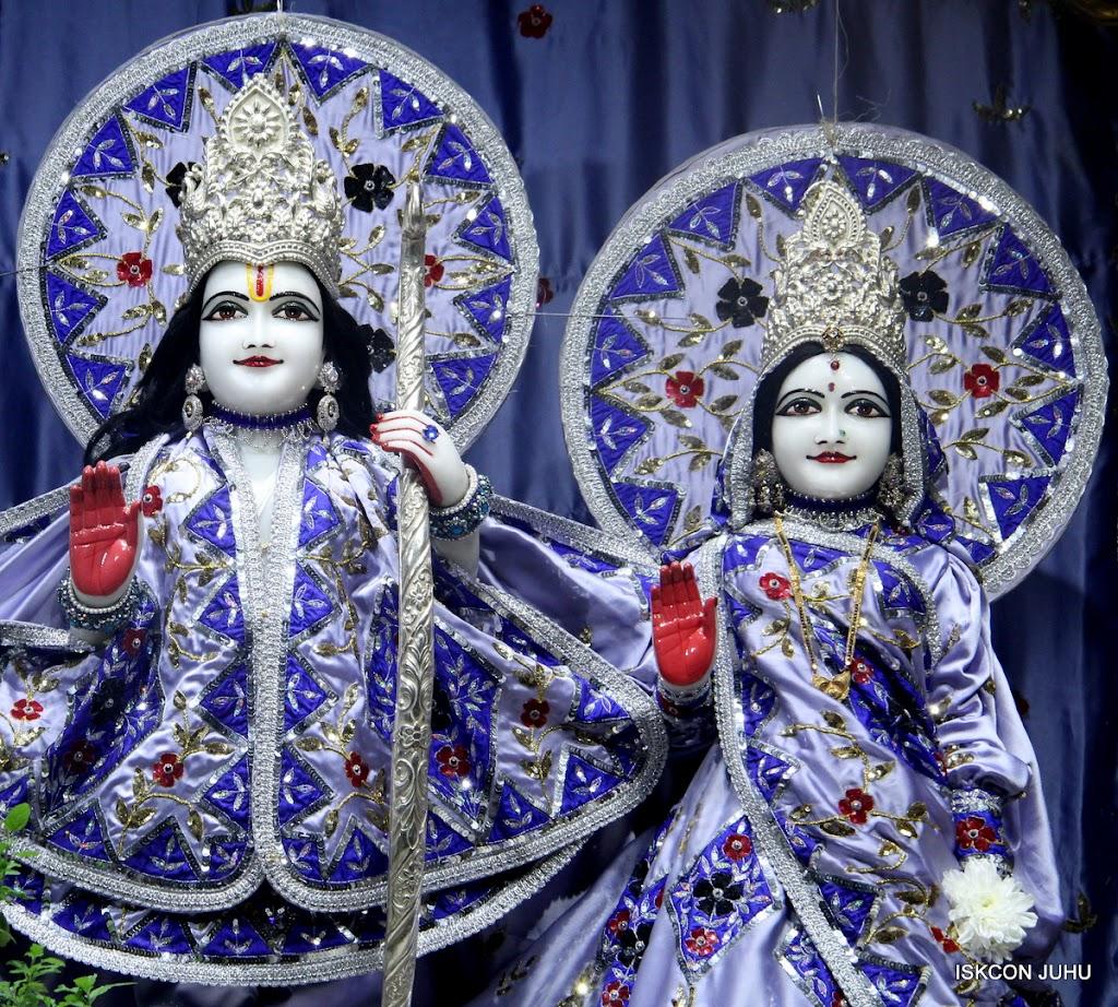 ISKCON Juhu Mangal Deity Darshan on 4th Aug 2016 (9)