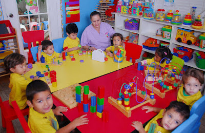 Perlukah Program Child Day-Care Bagi Anak?