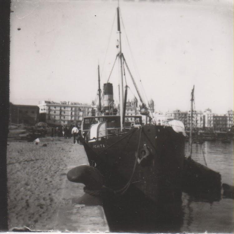 Foto con copyright. Prohibida su reproducción. Vapor PEPITA en Cadiz. Ca. 1910. Fotografía de Ramón Muñoz Blanco. Cádiz 1900. Julián Oslé Muñoz.tif