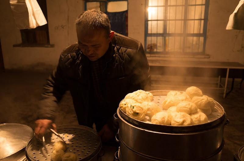 180101 羊肉饅頭を蒸かす