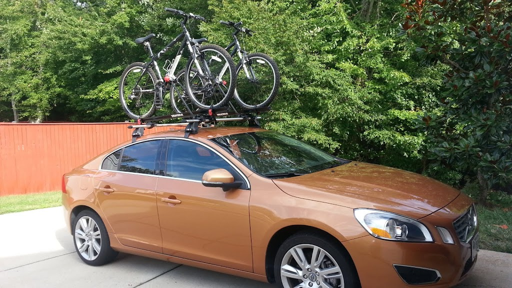 Nice Here Are A Few Pics Of My Roof Rack.... Itu0027s A Rhinorack System With Yakima  Bike Carriers: