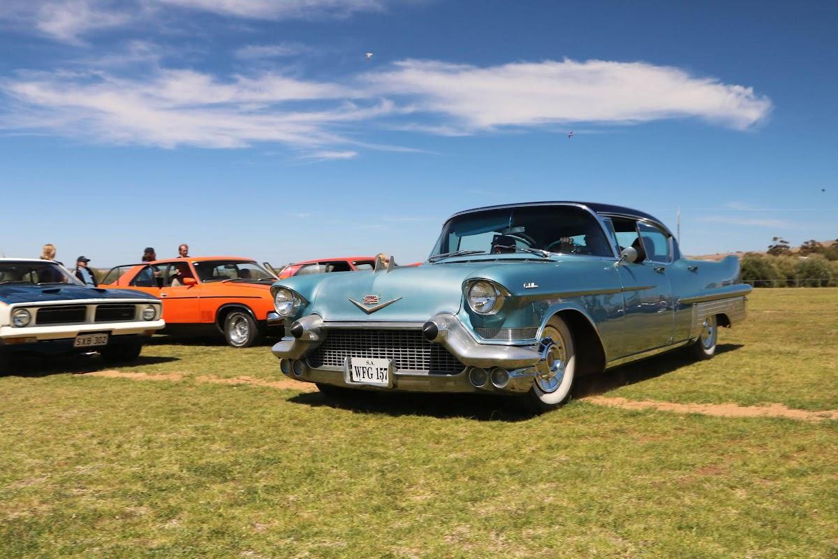 Cadillac (05).jpg