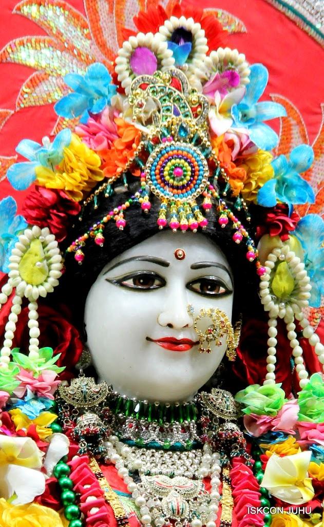 ISKCON Juhu Sringar Deity Darshan on 28th Aug 2016 (17)