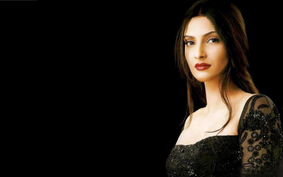 Sonam Kapoor widescreen wallpapers 4