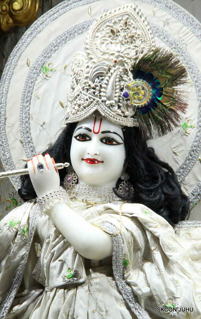ISKCON Juhu Mangal Deity Darshan on 8th Sep 2016 (19)