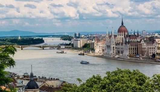 budapesta-ungarija-atvalinajums-49766105(1)