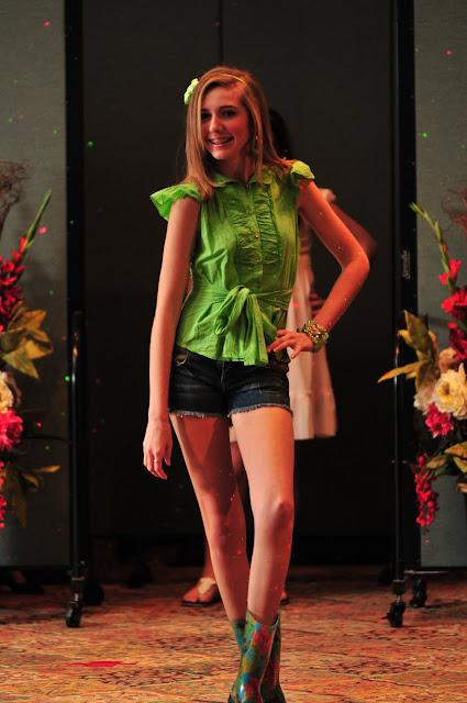 OLGC Fashion Show 2011 - DSC_5642.JPG