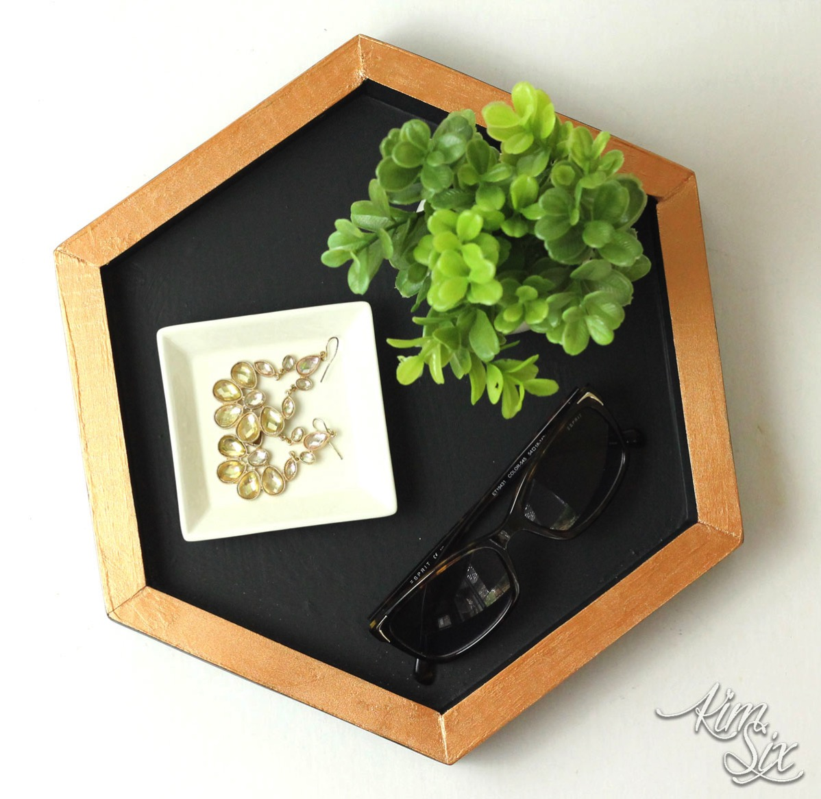 Easy Hexagon Shaped Wooden Tray - The Kim Six Fix