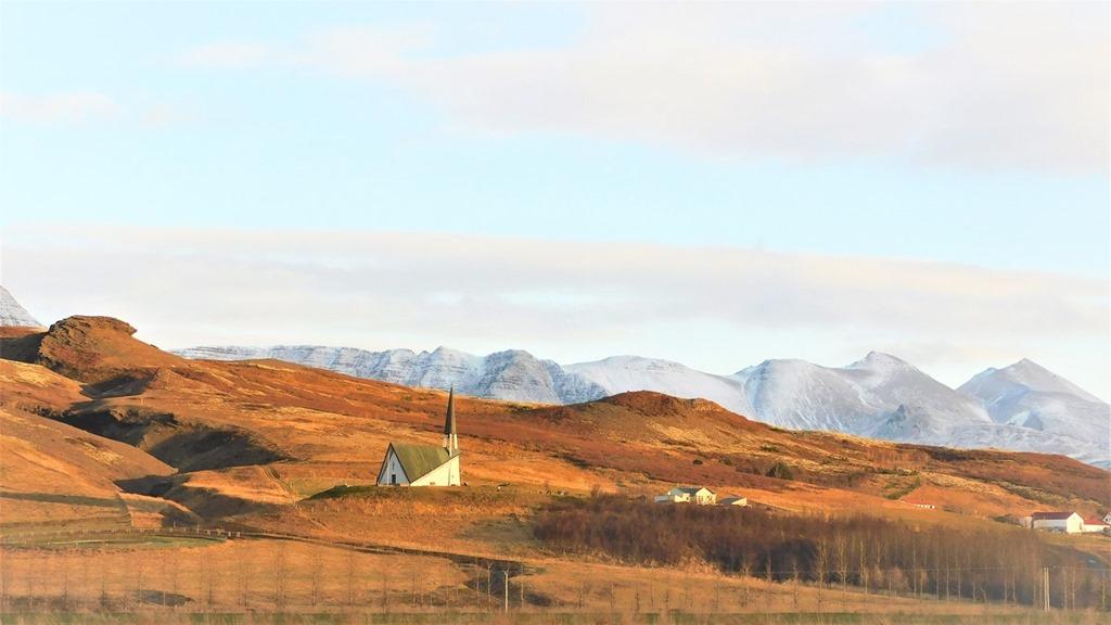 [Iceland-church-view11]