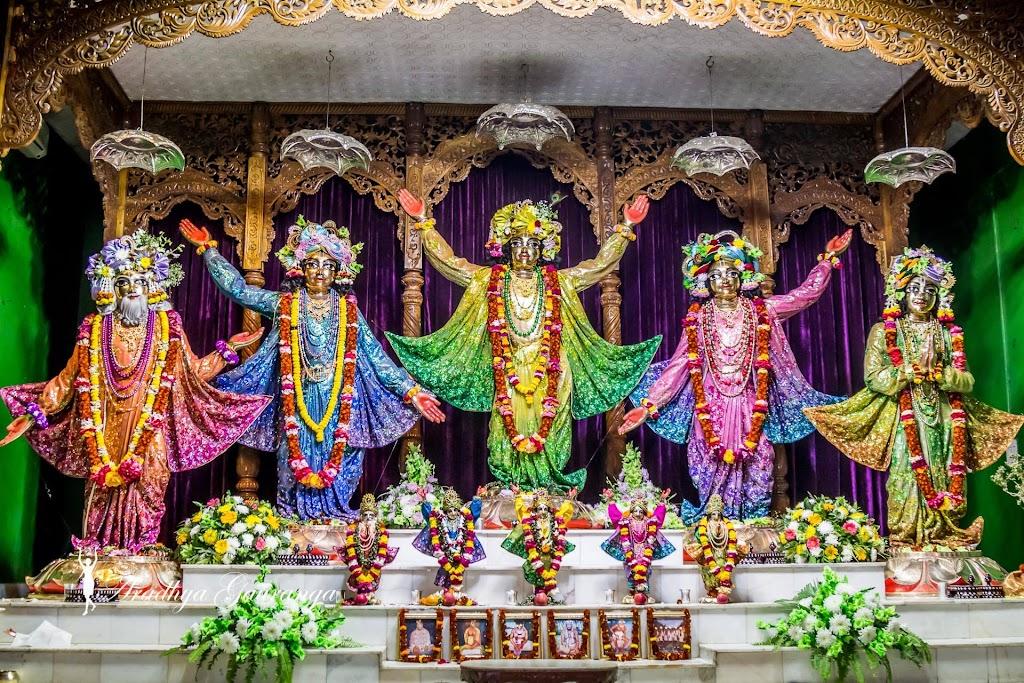ISKCON Mayapur Deity Darshan 14 Jan 2017 (5)
