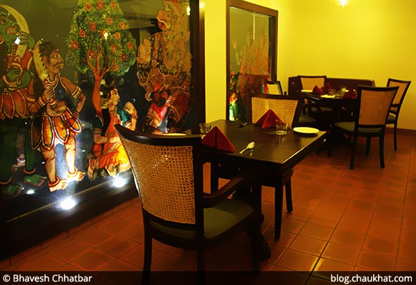 Seating arrangement for two guests at Savya Rasa [Koregaon Park, Pune]