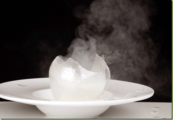 blown-sugar-isomalt-sphere-broken