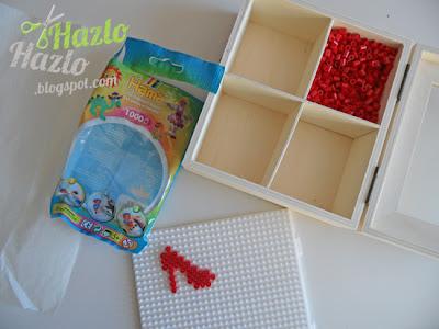 Hacer un zapato con hama beads.