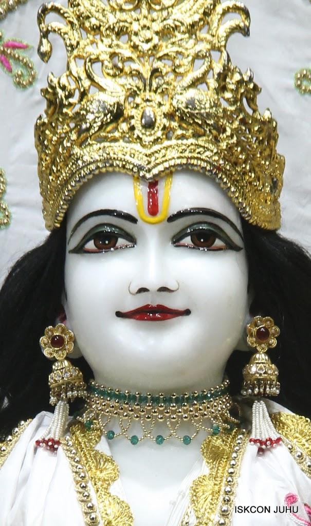 ISKCON Juhu Mangal Deity Darshan on 26th June 2016 (14)