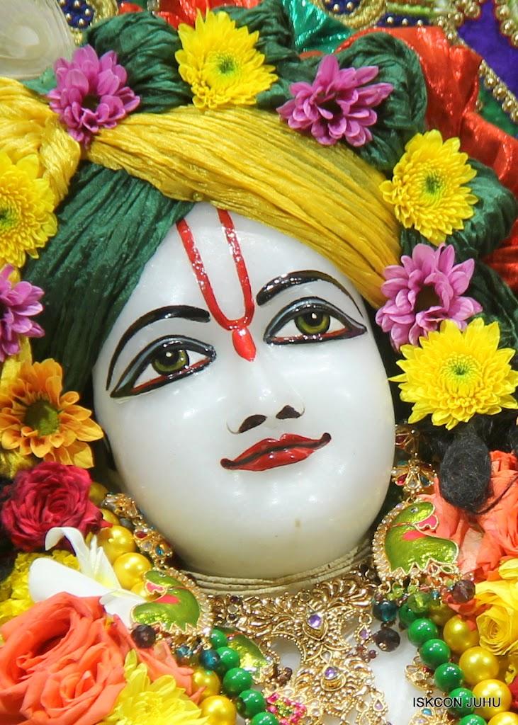 ISKCON Juhu Sringar Deity Darshan on 31st July 2016 (43)