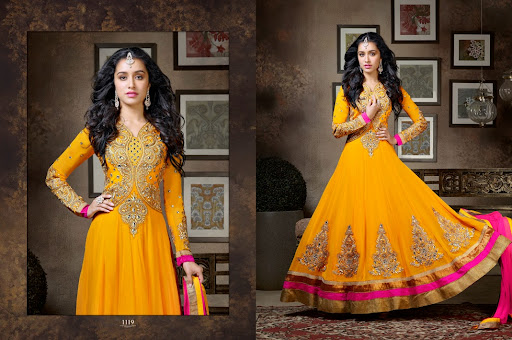 Mehndi Function Dresses : Top most rescent collection of bridal mehndi dresses