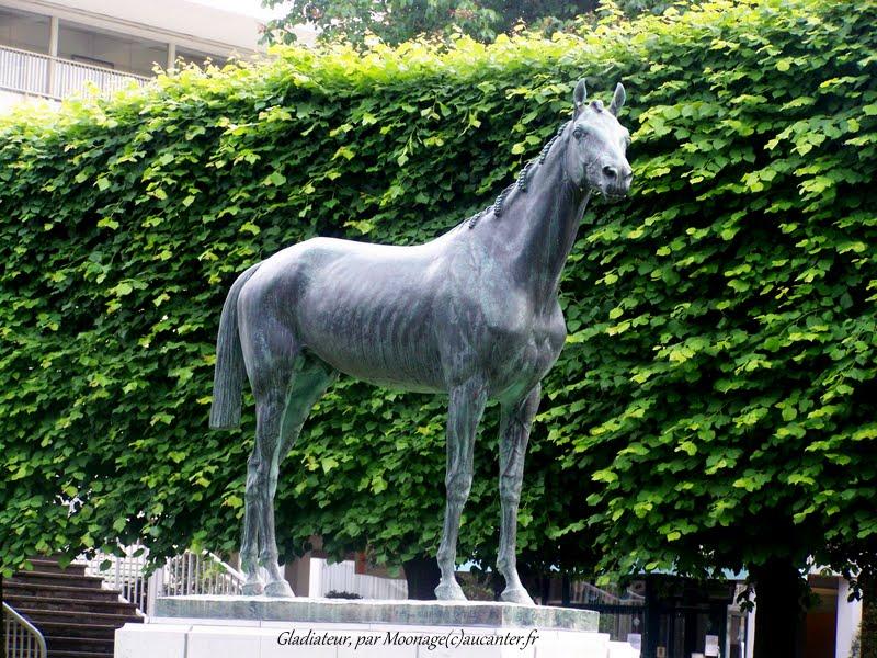 Hors série Grand prix de Paris 100_0137