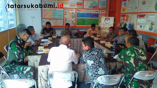 Konsolidasi KPUD Bawaslu dan Pengamanan Pemilu 2019// Foto : Rapik Utama
