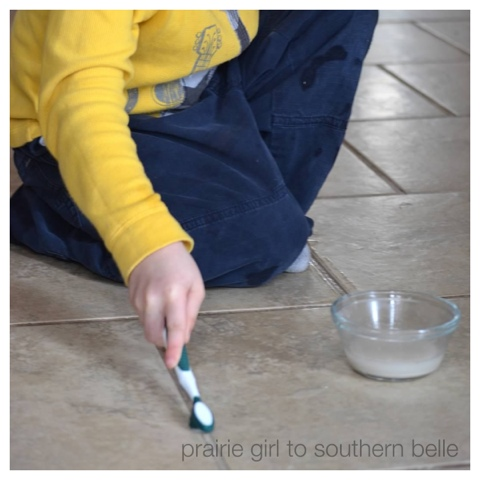 blogger image  150103366 Homemade Cleaner: Grout Cleaner