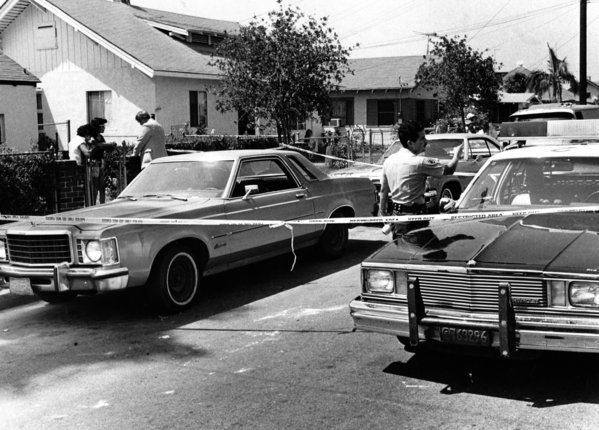 LAPD secure the crime scene where Richard Ramirez was captured on August 31st 1985.