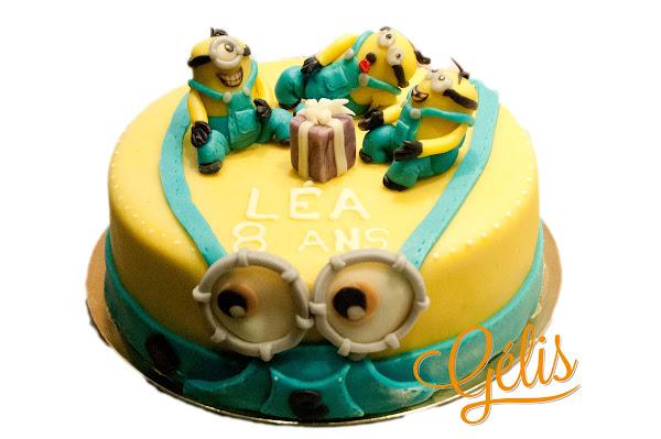 wedding-cake-minions.jpg