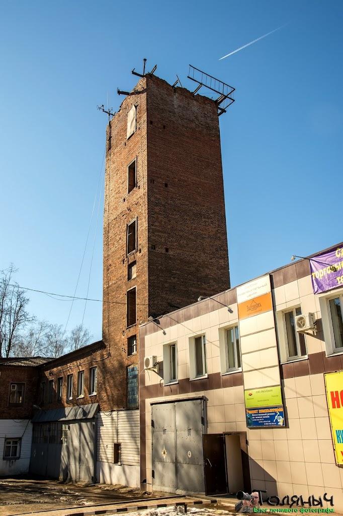 Ясногорск. Пожарная часть. Здание построено в 1935 году, но выглядит старше...