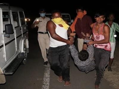 हैदराबाद से यूपी लौट रहे पांच मजदूरों के साथ MP के नरसिंहपुर में दर्दनाक हादसा, ट्रक पलटने से गई जान