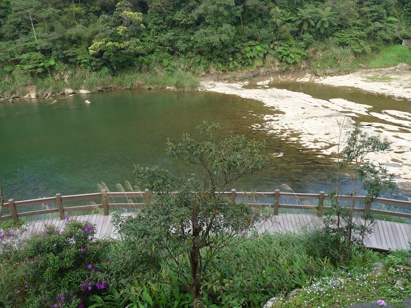 TAIWAN .SHIH FEN, 1 disons 1.30 h de Taipei en train - P1160006.JPG