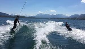 wakeboard et kneeboard en duo