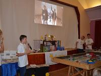 07.A versenyekről kisfilm is készül – a videobeszámolót élvezettel kommentálták a fiúk.JPG