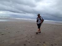 Jalan di Pesisir Pantai