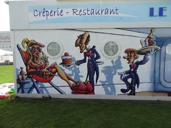 2017.05.24-014 fresque sur les restauirants