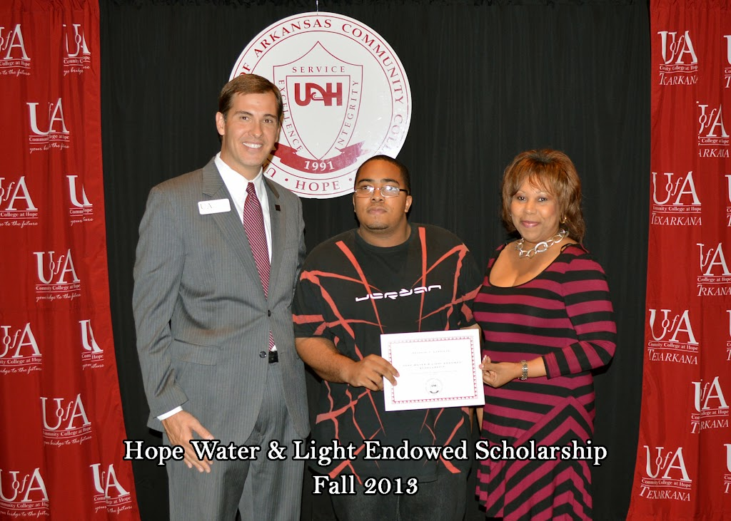 Scholarship Ceremony Fall 2013 - HWL%2Bscholarship.jpg