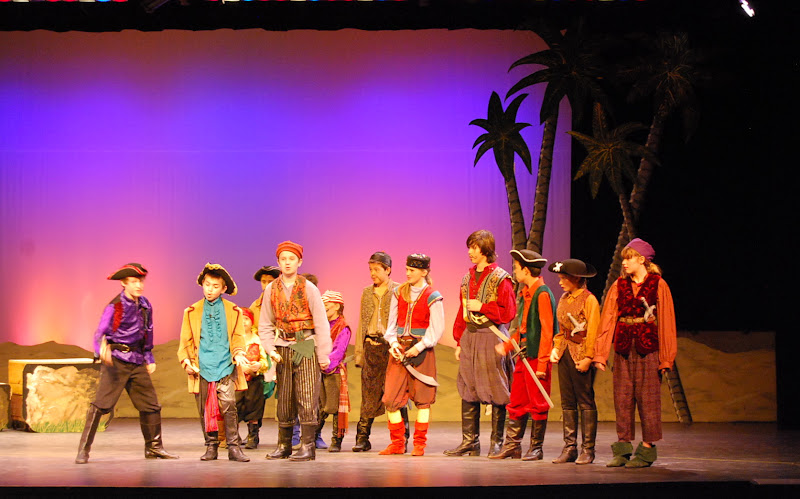 2012PiratesofPenzance - DSC_5855.JPG