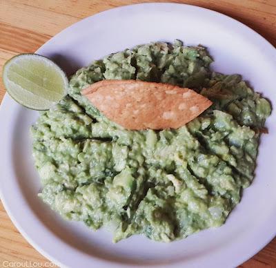 CarouLLou.com Carou LLou in Mexico city guacamole +