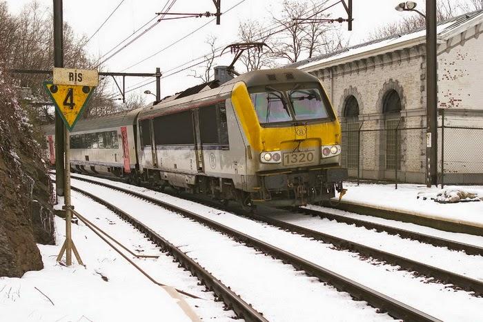 1320 Dolhain Gileppe L37 26-02-2004 16.43 CRW_3873.jpg