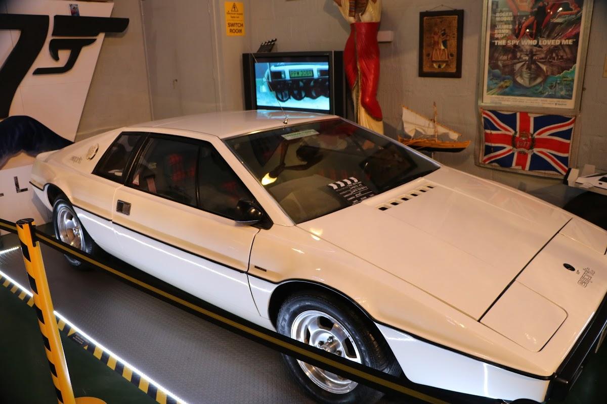 Bo'Ness Motor Museum 0081.JPG