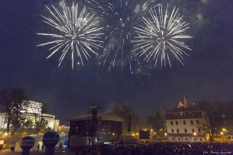 2015-05-23 - koncert Lady Pank na Wyspie Mlynskiej w Bydgoszczy - pokaz fajerwerkow Gwiazdy muzyki polskie i zagraniczne